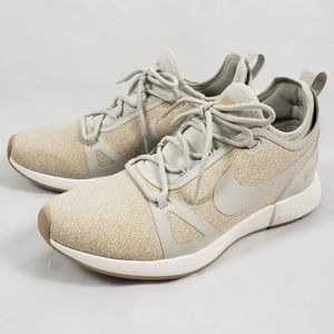 New NIKE knit running shoes